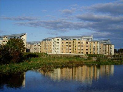 Thomond Village University Of Limerick Bmcc